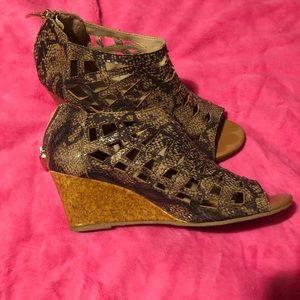 Ankle peep toe heels